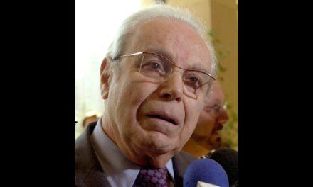 Morre aos 100 anos ex-secretário-geral da ONU Javier Pérez de Cuéllar