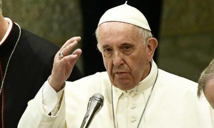 Papa oficiará oração dominical por vídeo devido ao coronavírus