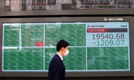 Bolsas europeias operam em forte queda após tombo dos preços do petróleo