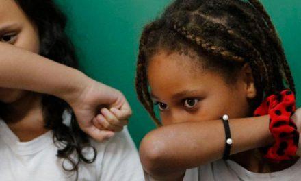 Covid-19 deixa mais de 776 milhões de alunos fora da escola
