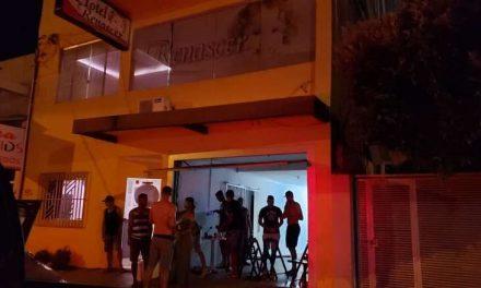 Jogadores ignoram coronavírus e fazem festinha em hotel no Pará
