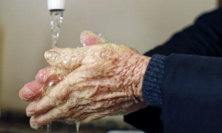 Brasil tem 31,3 milhões sem água encanada e 11,6 milhões em casas 'superlotadas'