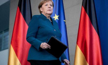 Popularidade de Angela Merkel retoma força durante crise do coronavírus