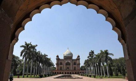 Índia dobra número de infecções em uma semana, com 4.067 casos e 109 mortes