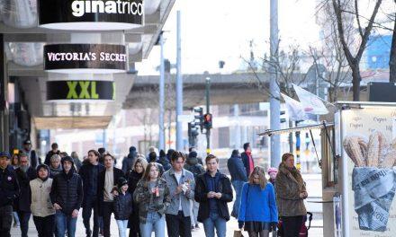 Com pressão interna e mais de mil mortos por coronavírus, Suécia discute bloqueios