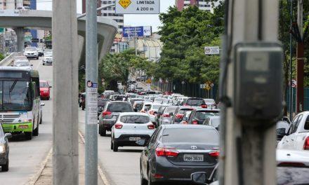 Descontos no IPVA de veículos com finais de placa 05 a 35 vão até segunda-feira, 20
