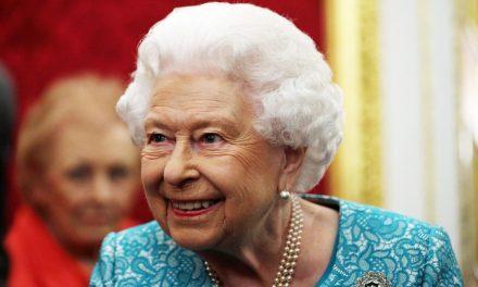 Rainha Elizabeth II completa 94 anos