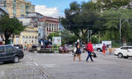 Em um mês, apenas metade da população do AM respeitou medida de isolamento social