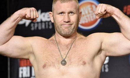Lutador do Bellator revela que quis ser infectado para 'sentir' Covid-19