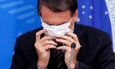 Bolsonaro cria e divulga suas próprias 'fake news', diz relatora de CPMI