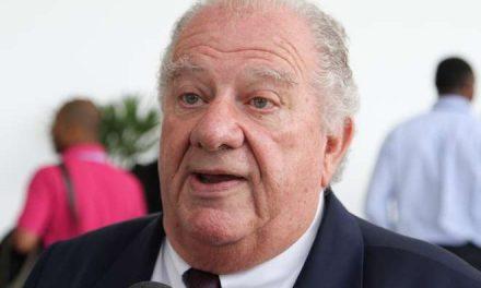 Ex-presidente do Palmeiras é condenado por venda ilegal de ingresso