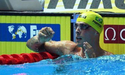Nadador Bruno Fratus retorna aos treinos nos Estados Unidos