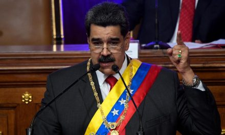 Maduro diz que visitará Irã em breve para assinar acordos de cooperação