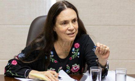 Regina Duarte é exonerada da Secretaria Especial da Cultura
