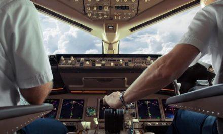 Com aviões parados pela pandemia, pilotos buscam bicos para sobreviver