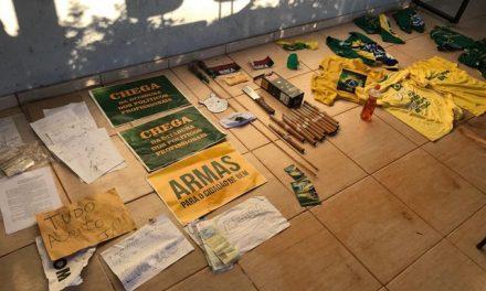 Polícia cumpre mandado em chácara de grupos extremistas no DF