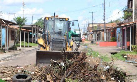 Prefeitura de Vigia de Nazaré atua na limpeza pública