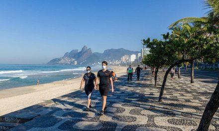 Rio tem movimentação nas praias neste 1° domingo de inverno