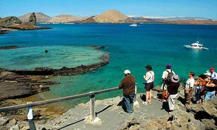 Galápagos reabre locais turísticos e reserva marinha, fechados pela pandemia