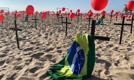 Rio de Paz faz manifestação em memória aos quase 100 mil brasileiros mortos pela Covid-19
