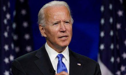 Biden promete fim de 'escuridão' da era Trump ao aceitar indicação para eleição presidencial
