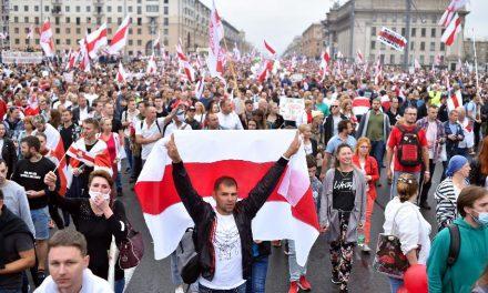 Belarus: oposição faz novos protestos contra Lukashenko