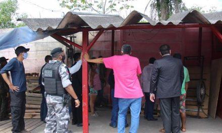 PM participa de reintegração de posse de terreno em Marituba