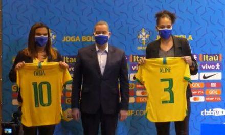 Estrelas do futebol feminino mundial celebram igualdade de pagamento para a seleção brasileira