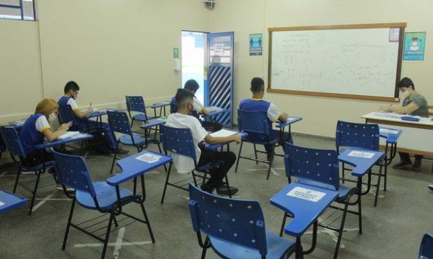 Manaus completa 1 mês de reabertura de escolas públicas com bons exemplos, temor e desafios