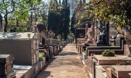 Funerária faz confusão e família acaba enterrando corpo errado