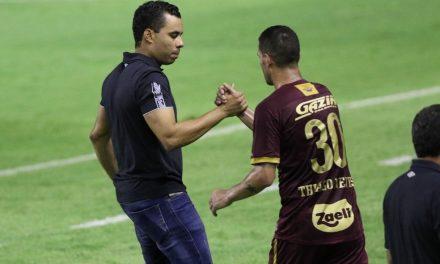 No Sport, Jair Ventura avalia estreia de Thiago Neves e foca na recuperação física dos atletas