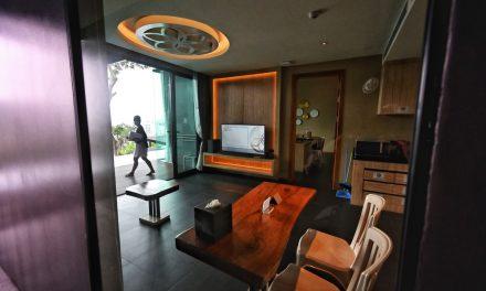 'Prisão dourada' para os primeiros turistas estrangeiros na Tailândia