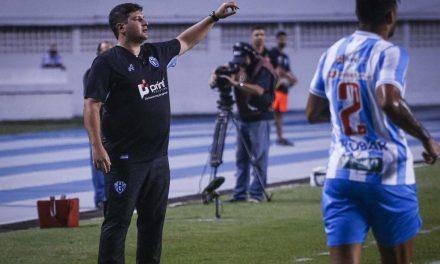 """Ciente de que balança no cargo, Matheus Costa confia em reação do Papão: """"Engatar duas vitórias"""""""