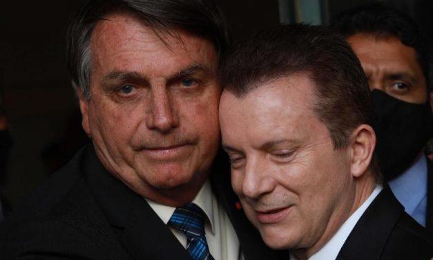 Após cair nas pesquisas, Russomanno tira Bolsonaro de jingle