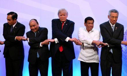 O fã-clube autoritário de Trump no exterior