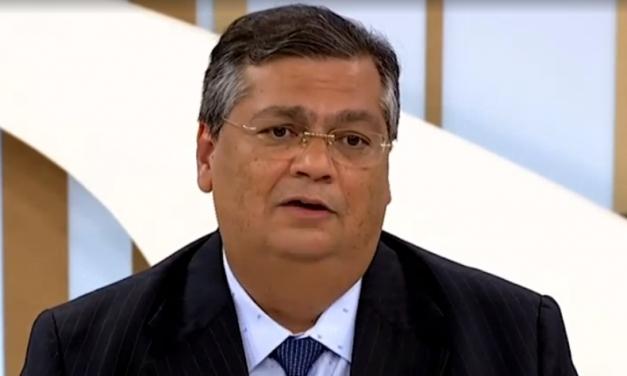 Flávio Dino critica fala de Bolsonaro sobre Guaraná Jesus: 'Habitual falta de educação'