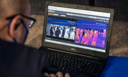 Japão testa medidas de vigilância e combate à Covid-19 em estádio quase lotado