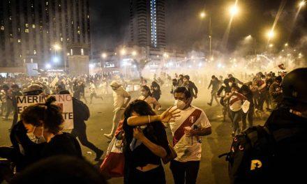 Justiça do Peru proíbe saída de Martín Vizcarra do país