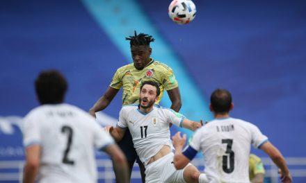 Matías Viña testa positivo para covid-19 e desfalca Uruguai contra o Brasil