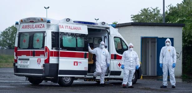 Leitos de emergência estão saturados em 19 regiões da Itália