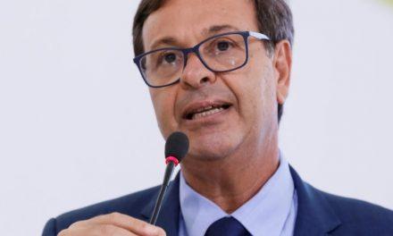 Bolsonaro diz que Gilson Machado é o novo ministro do Turismo