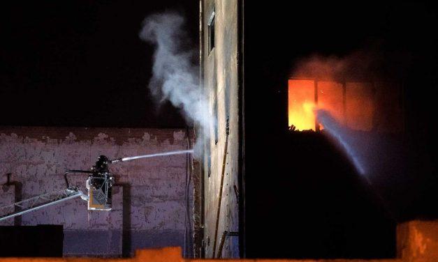 Incêndio em armazém abandonado deixa 3 mortos na Espanha