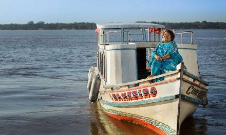 'Tem que persistir, ter força', diz Dona Onete, homenageada de festival de música e feminismo