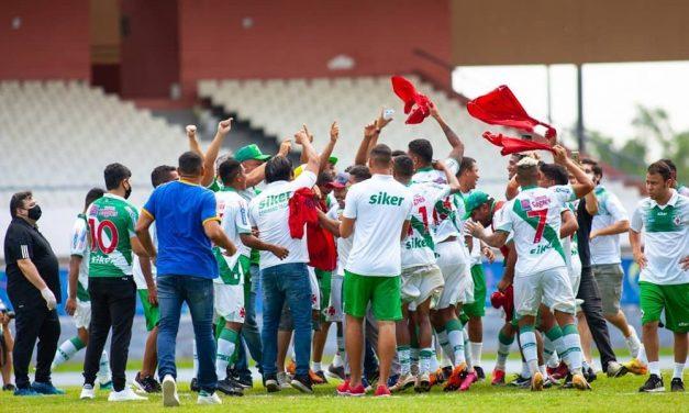 "Após acesso, técnico mira título na Tuna: ""Só vão lembrar do Robson Melo e do grupo se levantar o troféu"""