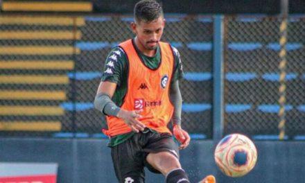 Atacante remista vira opção para enfrentar Ypiranga-RS