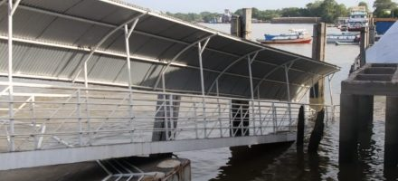 Após acidente no rio, prefeitura de Barcarena monta porto opcional para embarque de passageiros