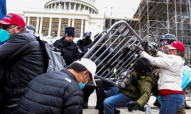 China ironiza o caos em Washington