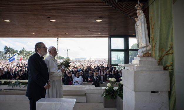 Médico do Papa Francisco morre por complicações da Covid-19