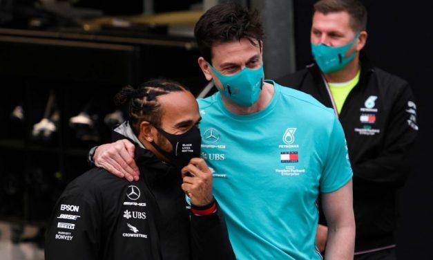 Chefe da Mercedes diz estar pronto para achar substituto caso Hamilton não renove em 2021