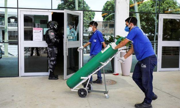 """""""Acabou o oxigênio"""": os relatos do colapso nos hospitais de Manaus"""